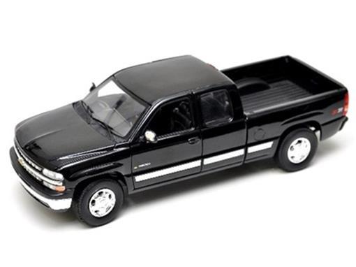 Chevrolet: Silverado Cabine Extendida (1999) - 1:18