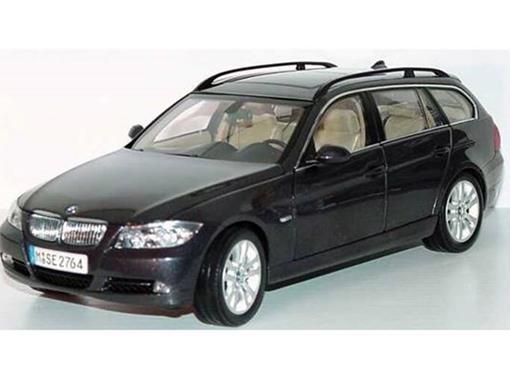 BMW: 330i Touring - Preta - 1:18
