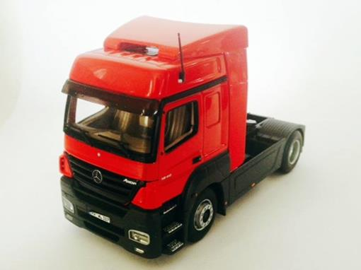 Mercedes-Benz: Axor - Cavalo - Vermelho - 1:43