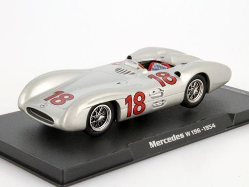Mercedes: W196 - Juan Manuel Fangio - 1954 - 1:43