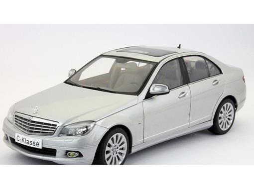 Mercedes Benz: C-Klasse - Prata - 1:18