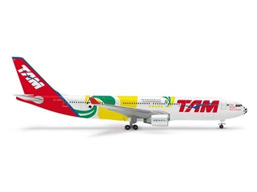 TAM: Airbus A330-200