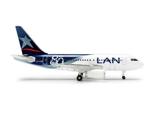 LAN: Airbus A318 -