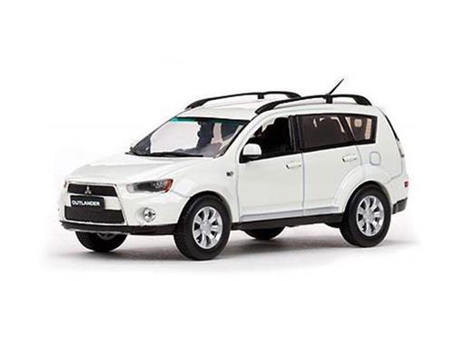 Mitsubishi : New Outlander - Branca - 1:43