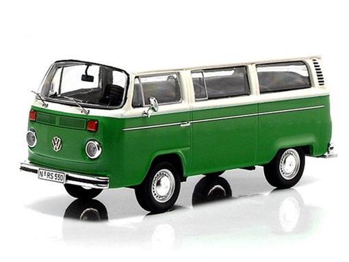 Volkswagen: T2b Bus L Kombi - Verde/Branca - 1:43