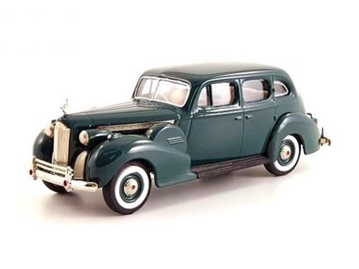 Packard: Super 8 Berline Grun (1940) - Verde - 1:43