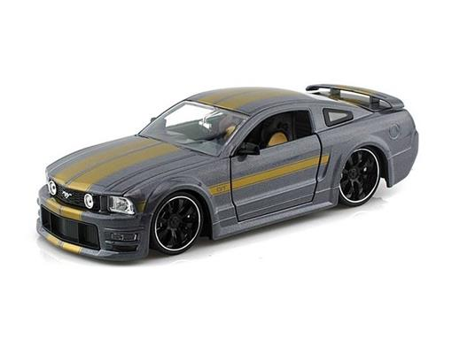 Ford: Mustang GT (2006) - Grafite - Bigtime Muscle - 1:24