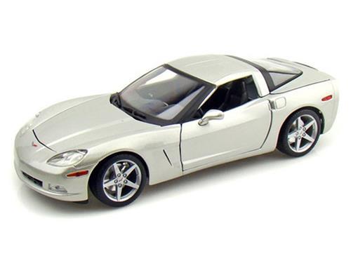 Chevrolet: Corvette (2005) - Prata - 1:18 - Maisto