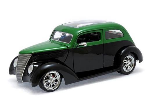 Ford: Sedan (1937) - Verde / Preto - 1:18