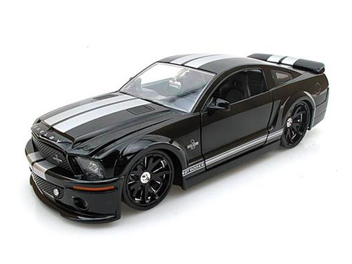 Ford: Shelby GT-500KR (2008) - Preto / Prata - Bigtime Muscle - 1:24