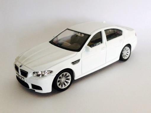 BMW: M5 - Branca - 1:43