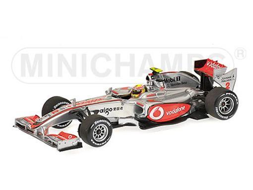 Vodafone McLaren Mercedes: Lewis Hamilton - ShowCar (2010) - 1:43
