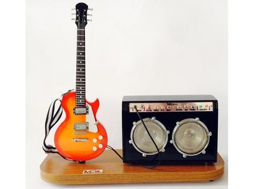 Set: Miniatura de Guitarra Les Paul + Amplificador Médio (Cereja) - 1:4