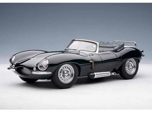 Jaguar: XK-SS (1956) - Steve McQueen - Private Collection - Verde - 1:18