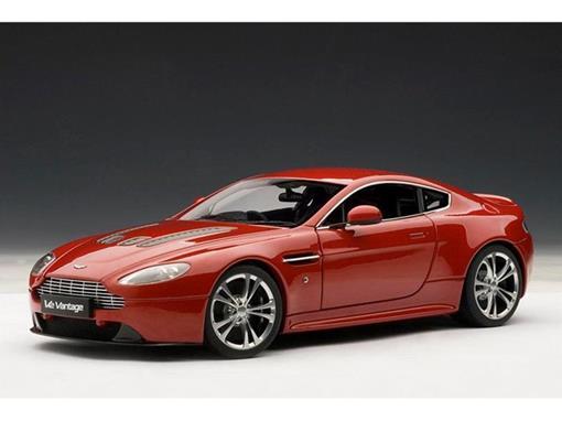 Aston Martin: V12 Vantage (2010) - Vermelho - 1:18