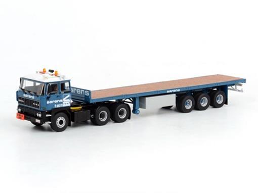 DAF: 3300 6x4 + Classic Vlakke Oplegger (3 AXLE) -
