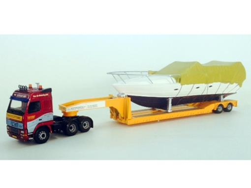 Volvo: FH 2 Axle Low Loader & Boat Load -