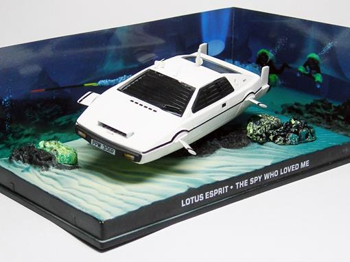Diorama: Lotus Sprit  Água - James Bond - 007 The Spy Who Loved Me (007 - O Espião que me amava) - 1:43