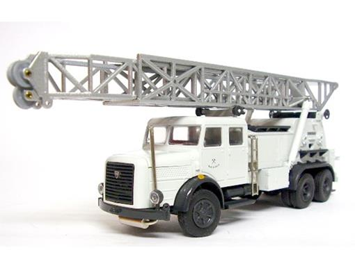 Faun:  LKW 3-axle with drill frame - 1:50