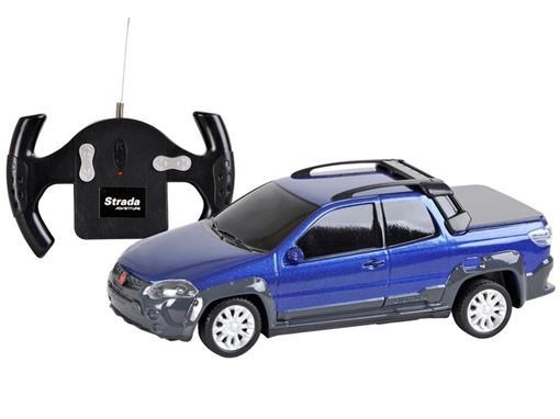 Fiat: Strada Adventure - Azul - Controle Remoto - 1:24