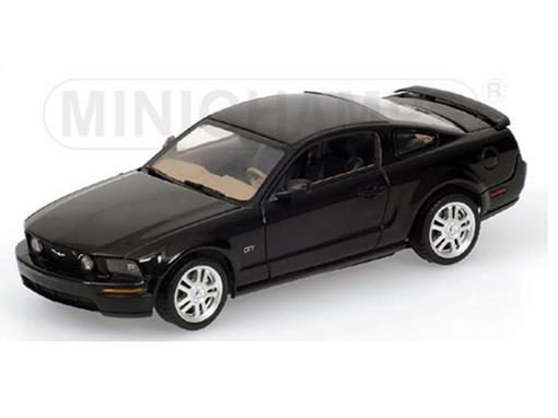 Ford: Mustang GT (2005) - 1:43