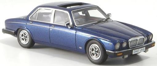 Daimler: Double Six - Azul - 1:43