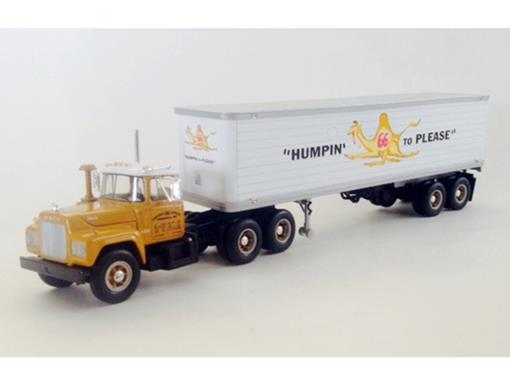 Mack: R-Model With 35' - Trailer Campbell 66 Express (1999) - 1:34