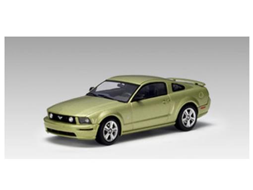Ford: Mustang GT (2005) - Verde - 1:43