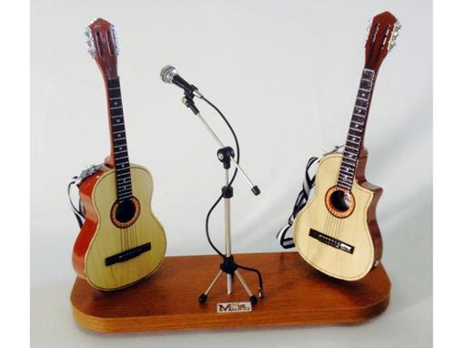 Set: Miniatura de Violão Acústico + Microfone + Violão Elétrico (Marrom) - 1:4