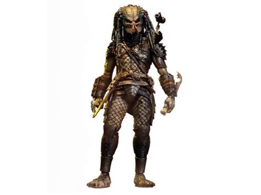 Boneco Elder Predator