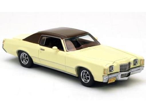Pontiac: Grand Prix Hardtop (1972) - Amarelo - 1:43