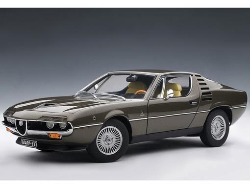 Alfa Romeo: Montreal (1970) - Marrom Metálico - 1:18