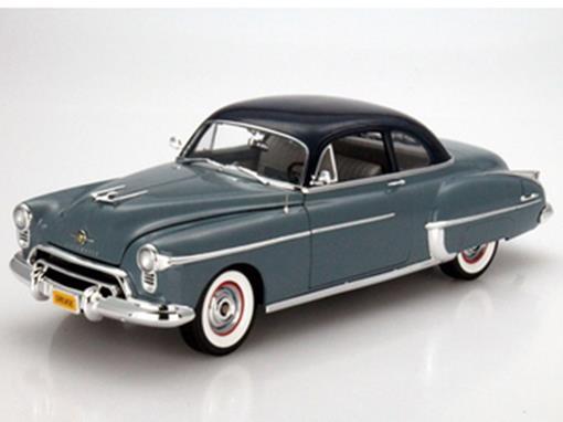 Oldsmobile: Rocket 88 (1950) - Azul - 1:18