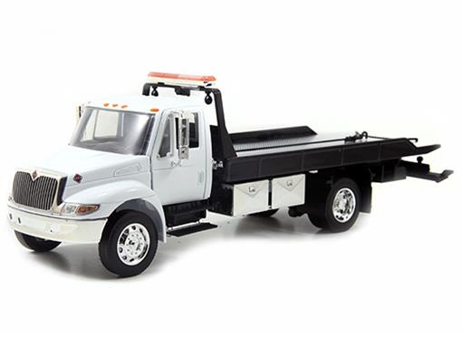 International: Durastar 4400 Flat Bed - Jada - 1:24