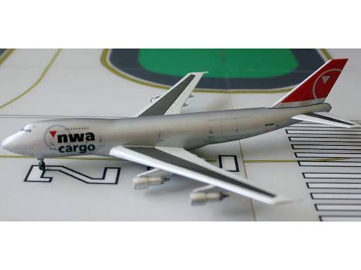NWA Cargo: Boeing 747-200F - Dragon - 1:400