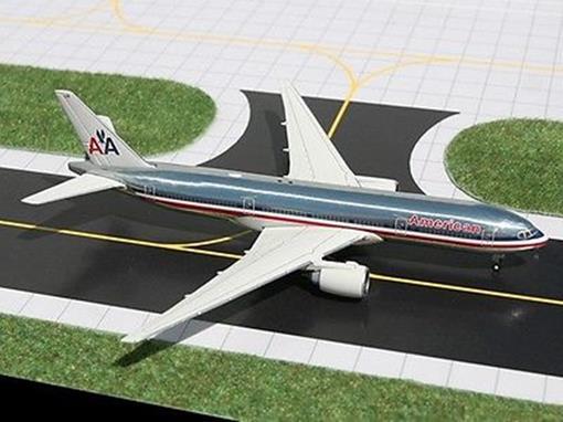 American Airlines: Boeing 777-200ER - Gemini Jets - 1:400