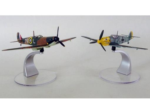 Set: Battle of Britain - c/ 2 Aviões - Corgi - 1:72