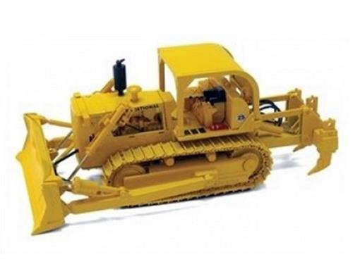 International: Harvester  TD-25 Crawler Dozer - First Gear - 1:50