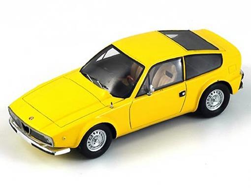 Alfa Romeo: Junior Z 1600 (1974) - Amarelo -  1:43 - Spark