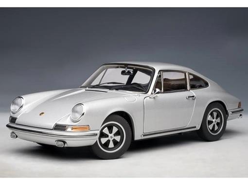 Porsche: 911 S (1967) - Prata - 1:18 Autoart