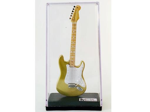 Miniatura de Guitarra Stratocaster - Dourada (Acrílico) - 12 cm