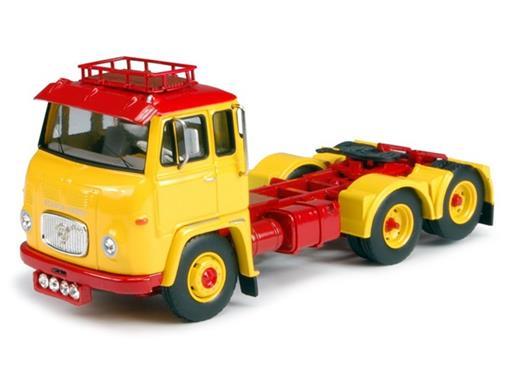 Scania: 2400C LB76 TBP (6X2) - Cavalo - 1:50 - Tekno