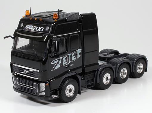 Volvo: 3800 FH03 Globetrotter XL (8x4) - Cavalo - 1:50 - Tekno