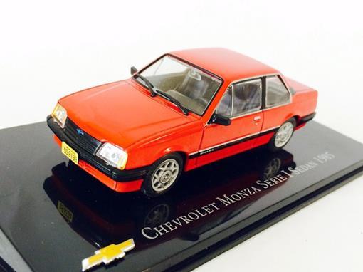 Chevrolet: Monza Sedan - Serie 1 (1985) - Vermelho - 1:43 - Ixo