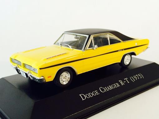 Dodge: Charger R-T (1975) - 1:43 - Ixo