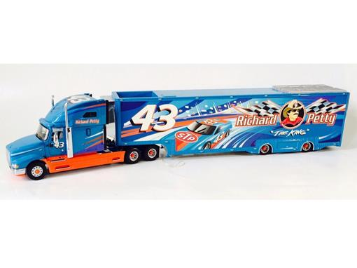 International: The Official Richard Petty Tractor Trailer -