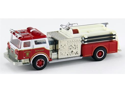 Mack: CF Pumper - Neptune Fire Co - 1:50 - Corgi