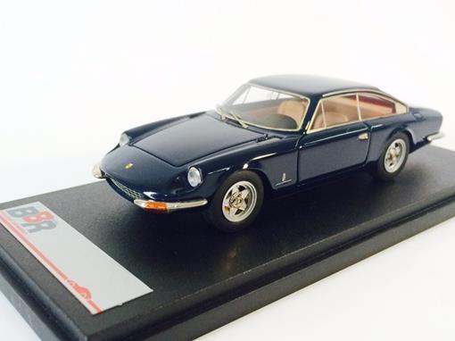 Ferrari: 365 GT 2+2 (1975) - 1:43 - BBR Models