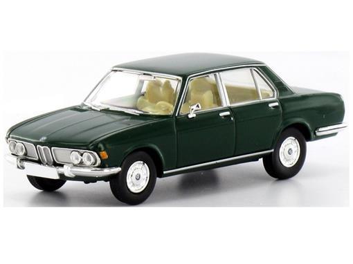 BMW: 2500 - Verde - HO - Brekina