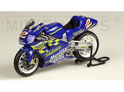 Suzuki: RGV 500 Movistar #2 - Kenny Roberts - MotoGP (2000) - 1:12 - Minichamps